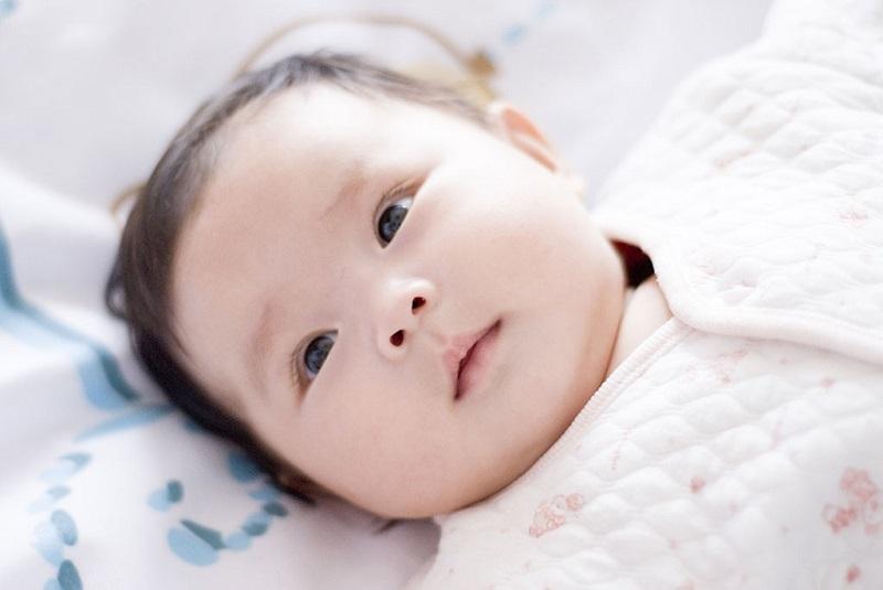 Hội chứng đầu phẳng ở trẻ em là gì?