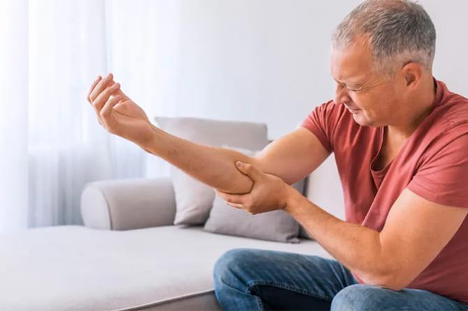 Những điều cần biết về gãy xương: nguyên nhân, triệu chứng, điều trị
